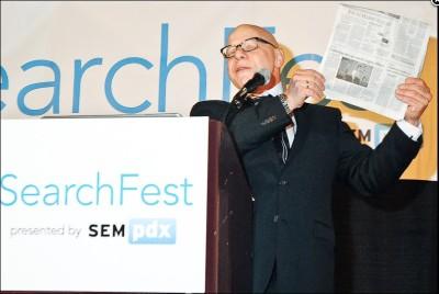 Marty-Weintraub-keynoting-SearchFest-2013